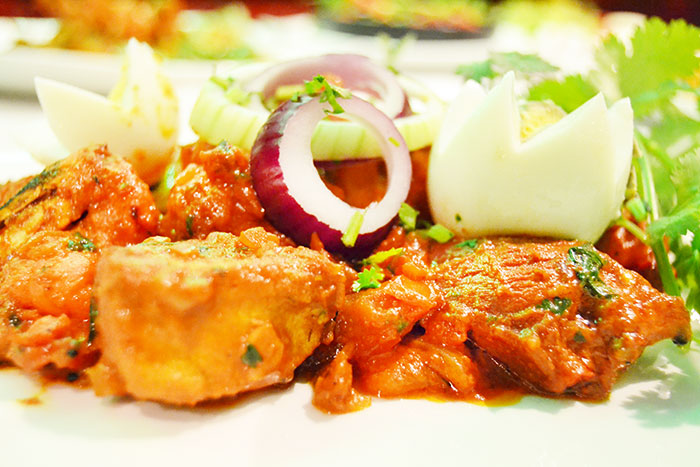 Flavour e azam bar and restaurant in sandy lane for Divan kebab carte
